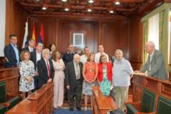 Con-los-poetas-canarios-entrega-del-premio-en-Islas-Canarias-